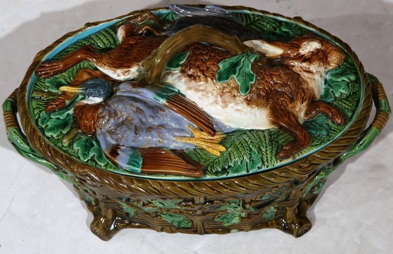 Th Century Wedgwood Green Glass Duck
