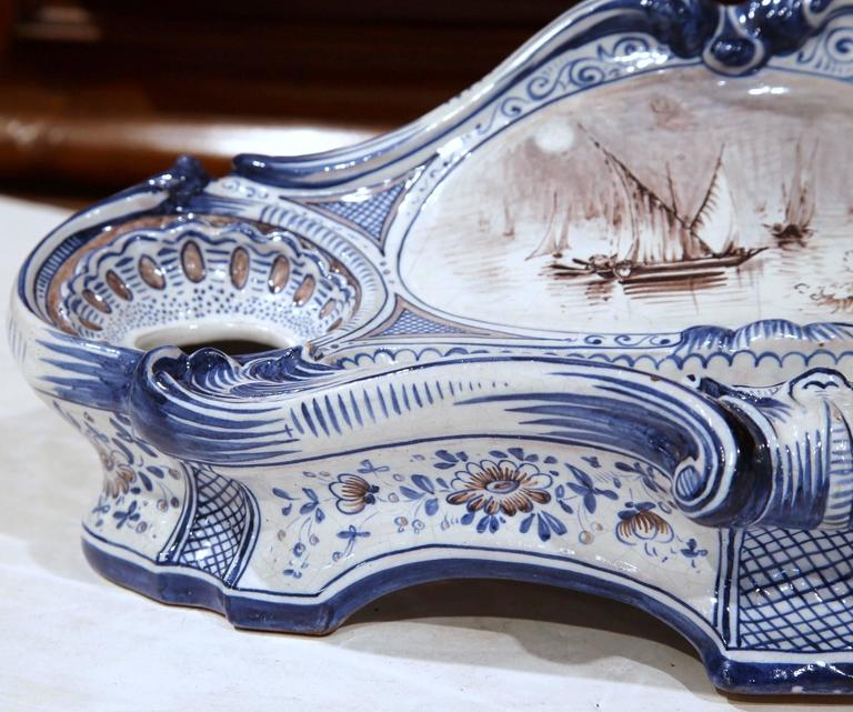 Hand-Crafted 19th Century French Louis XV Hand-Painted Blue and White Faience Inkwell For Sale