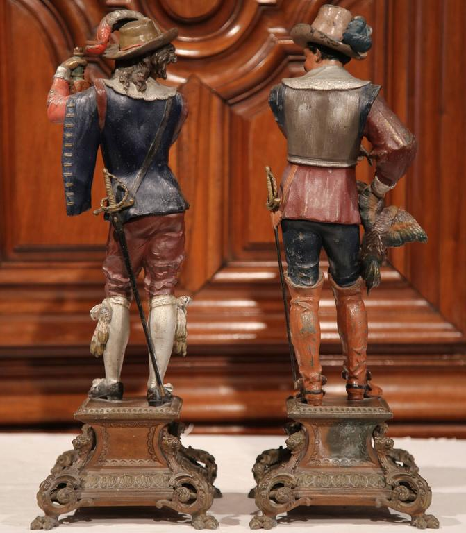 Pair of 19th Century French Spelter Hand Painted Musketeer Figures on Stand In Excellent Condition For Sale In Dallas, TX