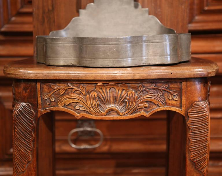 18th Century French Louis XV Carved Walnut and Pewter Fountain Lavabo on Stand For Sale 1