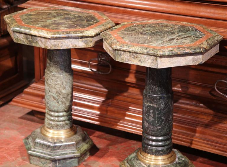 Pair of 19th Century Italian Carved Octagonal Green Marble Pedestal Tables For Sale 2