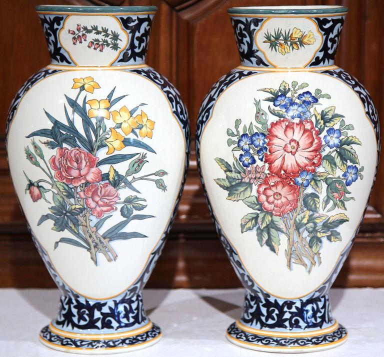 large pair of 19th century french hand painted vases signed henriot quimper for sale at 1stdibs. Black Bedroom Furniture Sets. Home Design Ideas