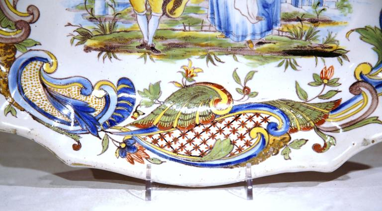 19th Century French Painted Oval Faience Wall Platter with Handles from Rouen For Sale 3