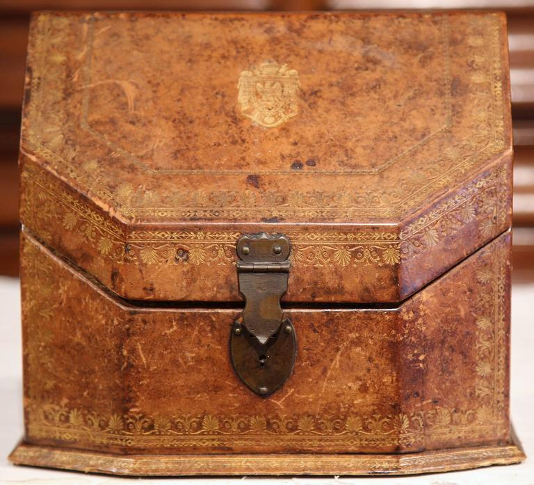 19th Century French Letter Holder in Leather with Tooling and Coat of Arms 3