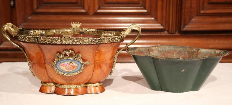 19th Century French Bombe Tulipwood and Bronze Jardinière with Porcelain Plaques For Sale 4