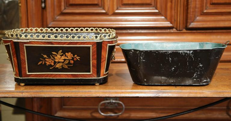 19th Century French Napoleon III Rosewood Marquetry Inlay and Bronze Jardinière For Sale 5