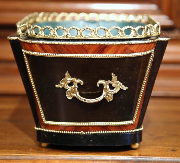 19th Century French Napoleon III Rosewood Marquetry Inlay and Bronze Jardinière For Sale 1