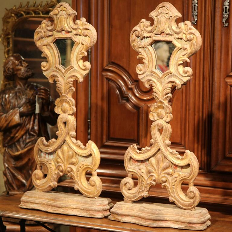 Hand-Carved Pair of 19th Century Italian Carved Giltwood Church Reliquary Mirrors on Stand For Sale