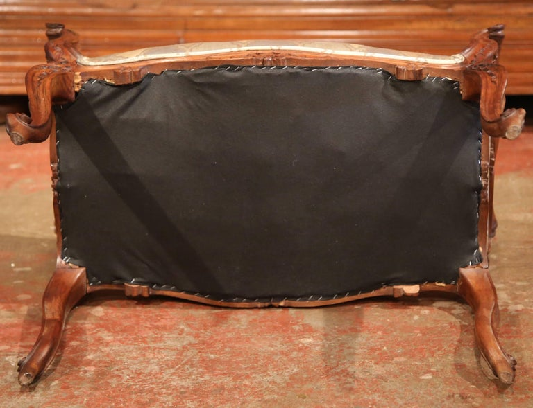 19th Century French Louis XV Carved Walnut and Cane Piano Bench with Silk Fabric For Sale 6