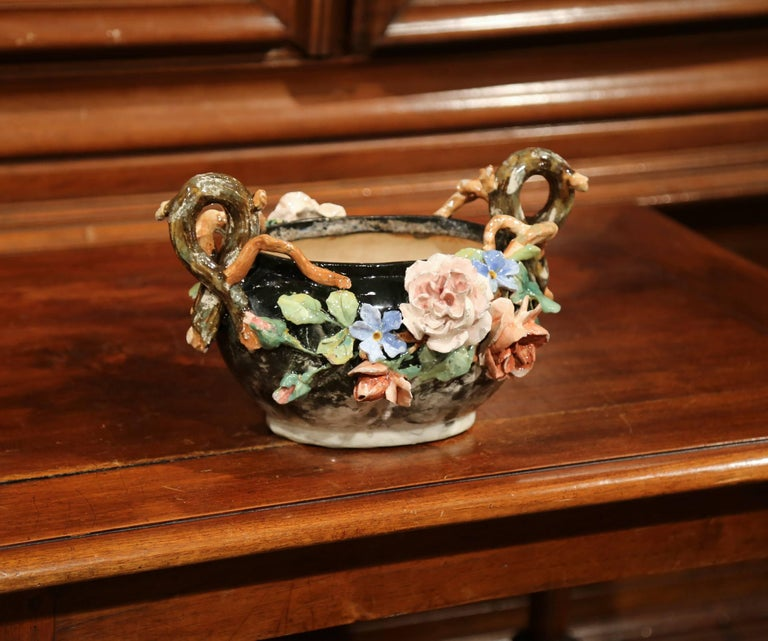 19th Century French Painted Ceramic Barbotine Jardinière from Montigny-sur-Loing For Sale 3