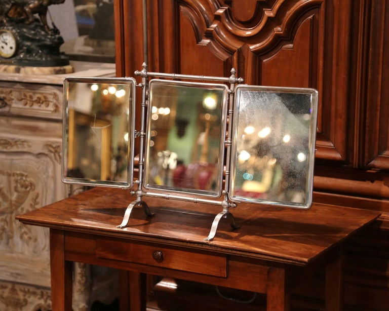 19th Century French Freestanding Folding Triptych Mirror with Bevelled Glass In Excellent Condition For Sale In Dallas, TX