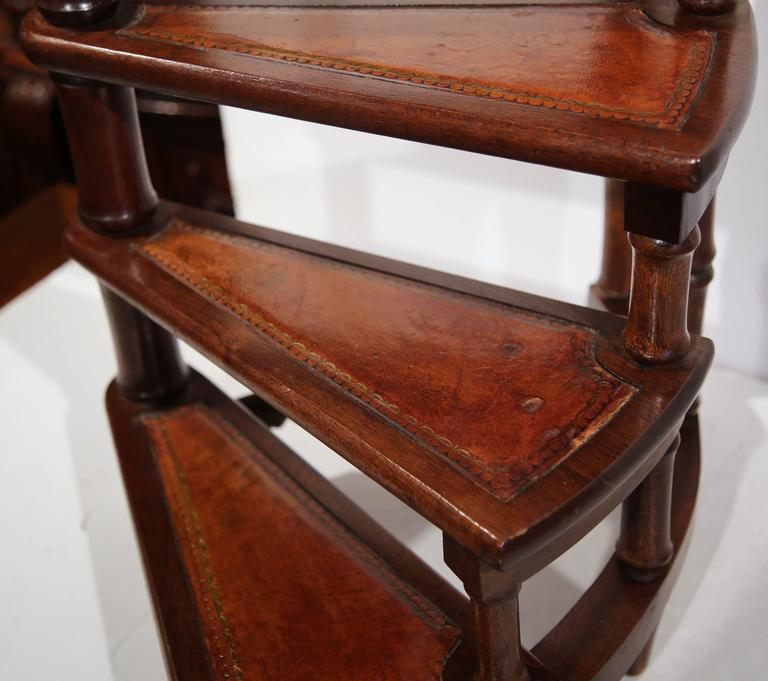Awe Inspiring Vintage English Library Step Ladder With Leather Stairs At Gmtry Best Dining Table And Chair Ideas Images Gmtryco
