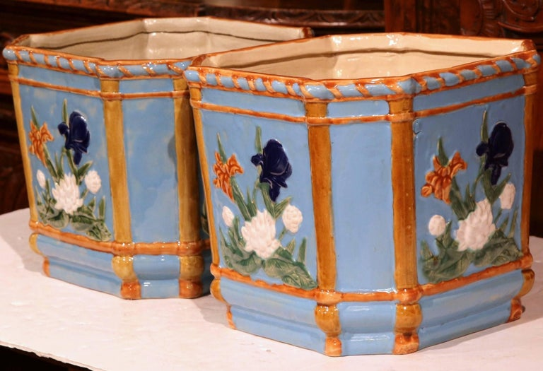 Hand-Crafted Pair of 19th Century French Hand Painted Barbotine Cachepots with Floral Motifs For Sale