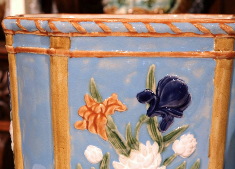 Pair of 19th Century French Hand Painted Barbotine Cachepots with Floral Motifs In Excellent Condition For Sale In Dallas, TX