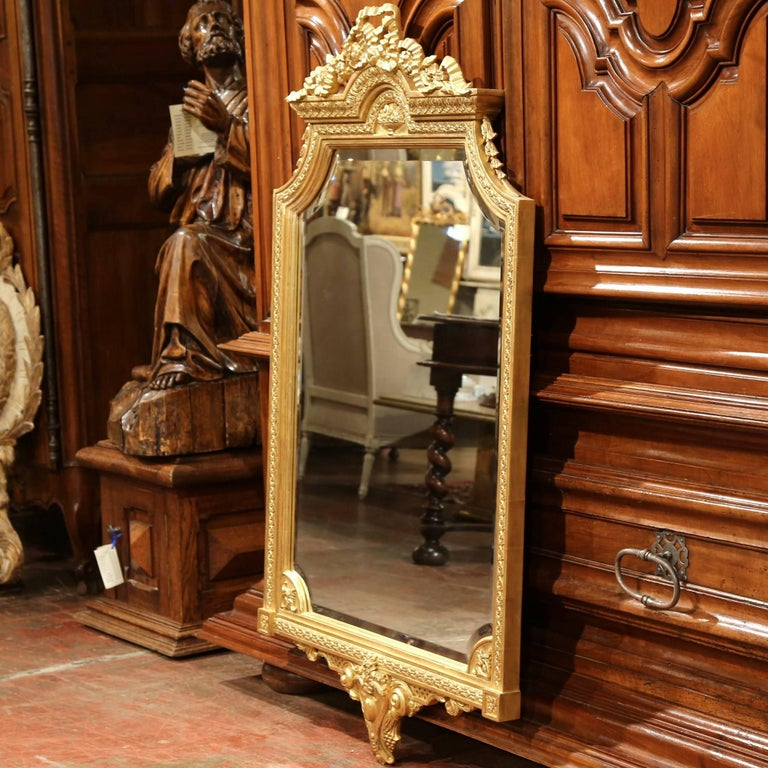Pair of Mid-20th Century Carved Louis XVI Giltwood Mirrors with Bevelled Glass For Sale 2