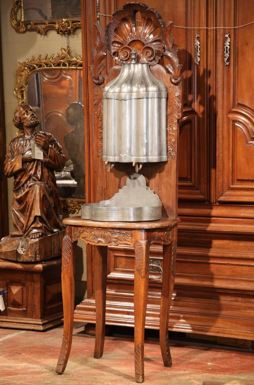 18th Century French Louis XV Carved Walnut and Pewter Fountain Lavabo on Stand For Sale 2