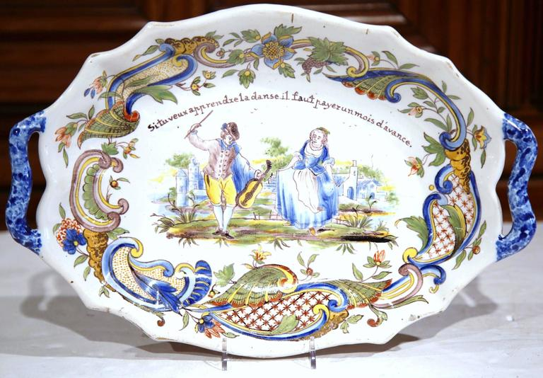 Hand-Painted 19th Century French Painted Oval Faience Wall Platter with Handles from Rouen For Sale