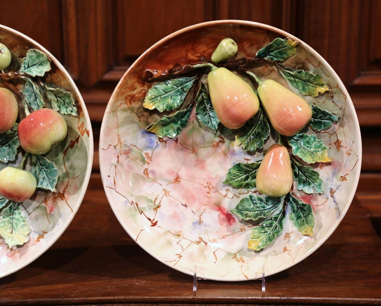 Pair of 19th Century French Painted Ceramic Barbotine Platters with Fruit Decor For Sale 4