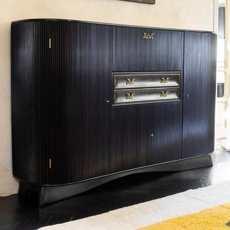 Mid-Century Modern Osvaldo Borsani Dark Mahogany Tall Cabinet/Dry Bar, Brass Details, Italy, 1950s For Sale