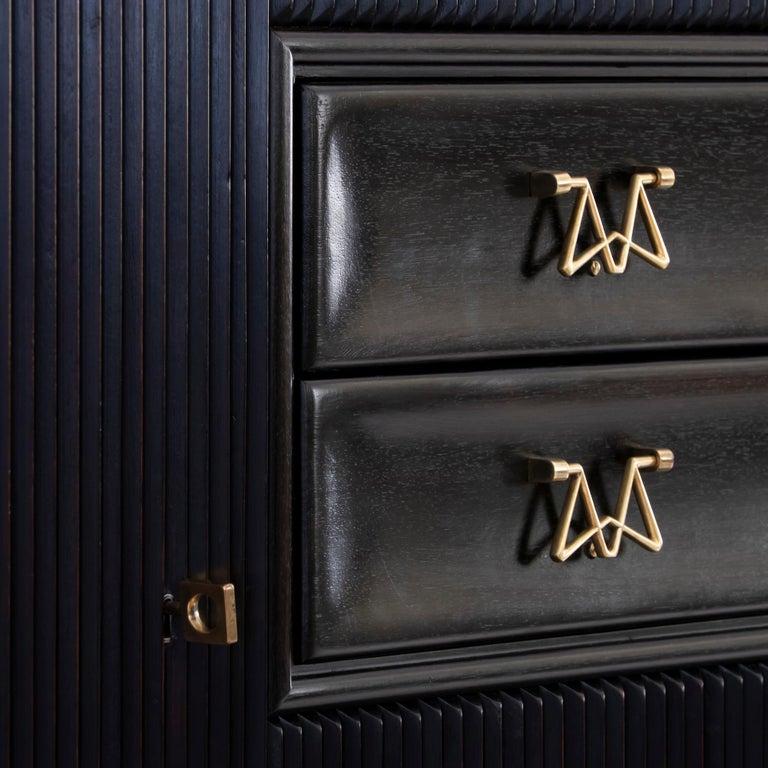 Osvaldo Borsani Dark Mahogany Tall Cabinet/Dry Bar, Brass Details, Italy, 1950s For Sale 3