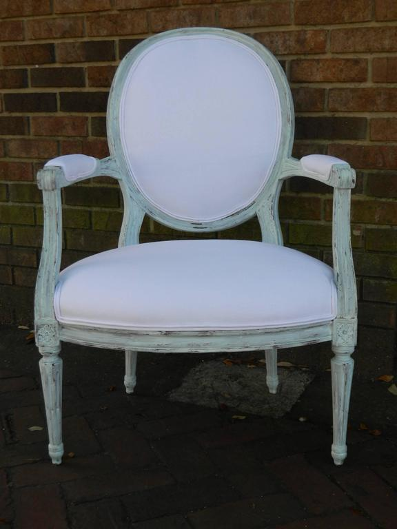 Wood Pair of Louis XVI Style Painted Open Armchairs, Early 20th Century For Sale