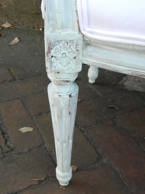 Pair of Louis XVI Style Painted Open Armchairs, Early 20th Century In Good Condition For Sale In Savannah, GA