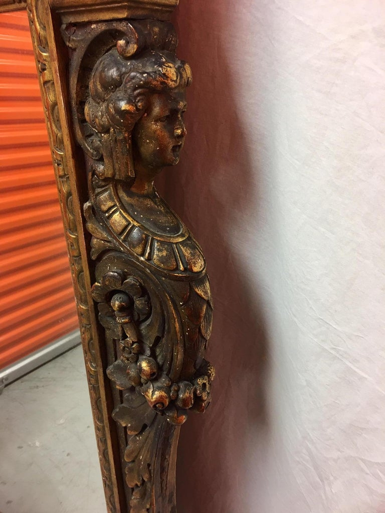 Gold Leaf Wood Carved Mirror with Figures on Each Side and Top Shell, circa 1890 For Sale 5