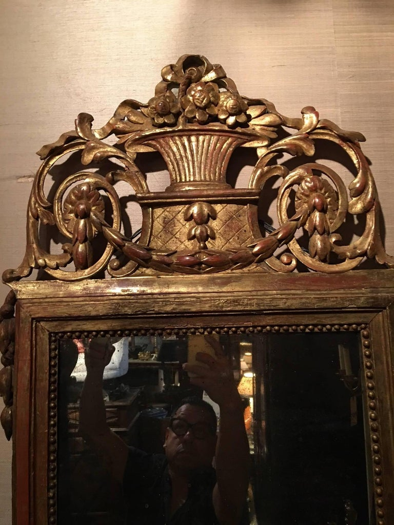 Italian Louis XVI Style Giltwood Mirror with Bell Flower Swags, 19th Century For Sale 1