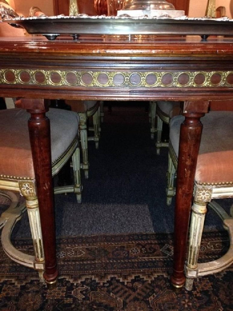 Louis XVI Style Mahogany Dining Table with Ormolu Banding, Early 20th Century 9