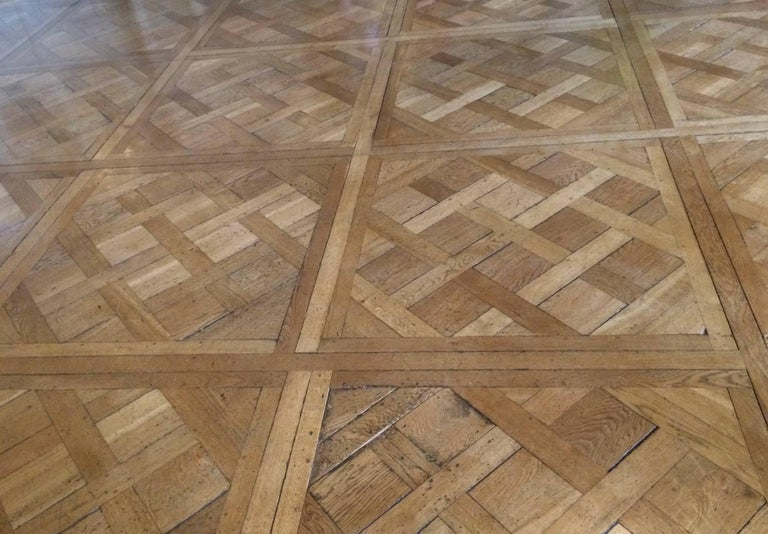 french flooring parquet de versailles solid wood oak from france 20th century for sale at 1stdibs. Black Bedroom Furniture Sets. Home Design Ideas
