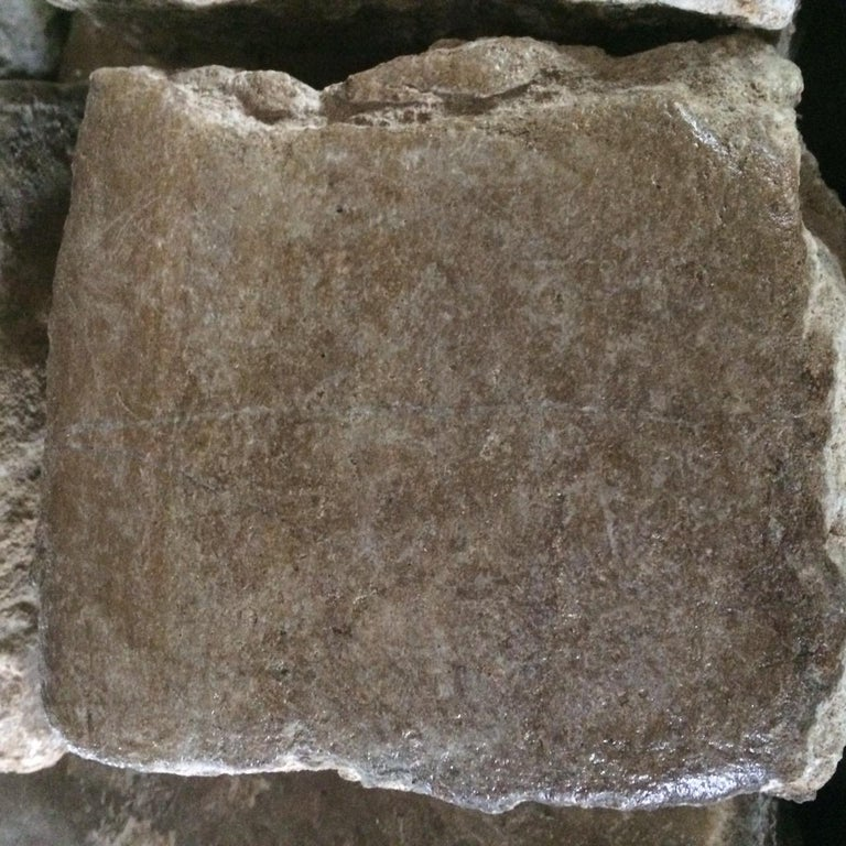 Authentic French Antique Cobble Stone from France, 17th Century In Good Condition For Sale In LOS ANGELES, CA