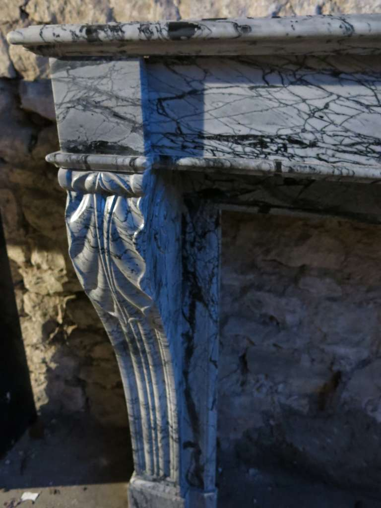 French Antique Marble Fireplace 19th Century from Paris, France In Good Condition For Sale In LOS ANGELES, CA