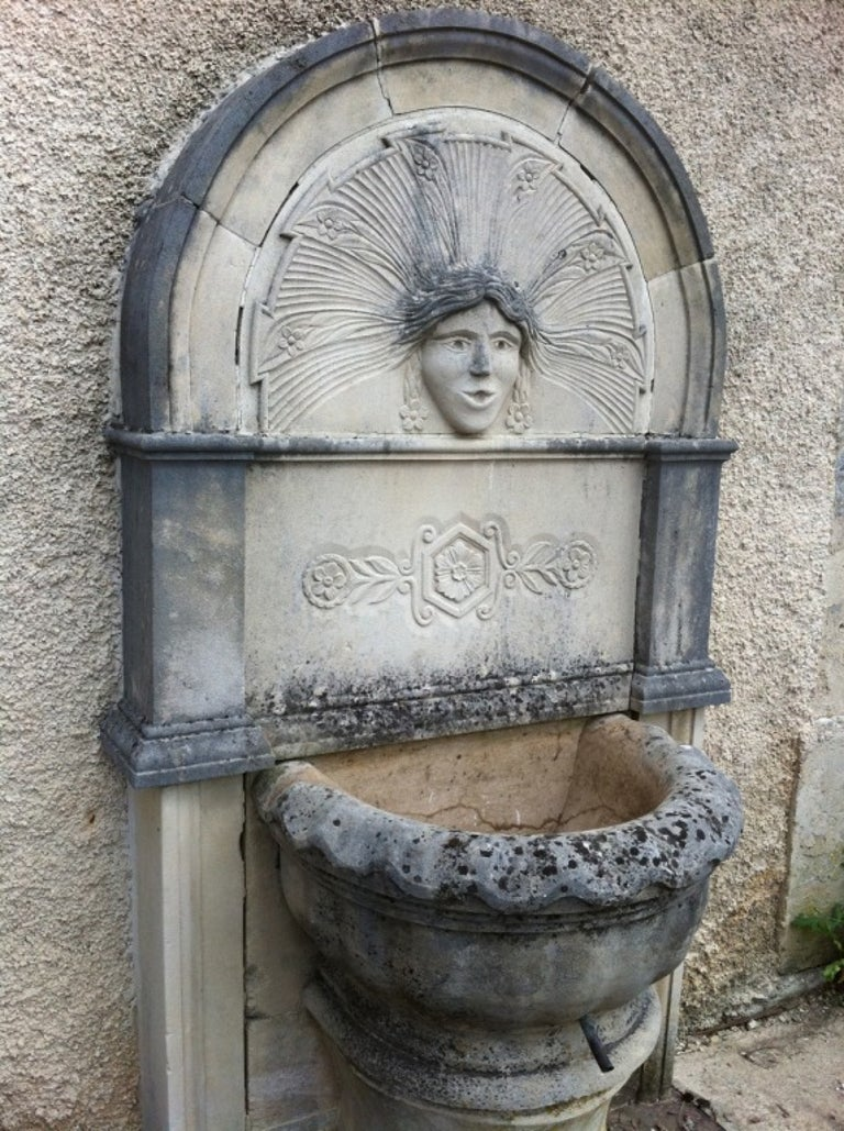 French Wall Fountain in Limestone Dite 'Dainvilloise' Handcrafted, France For Sale