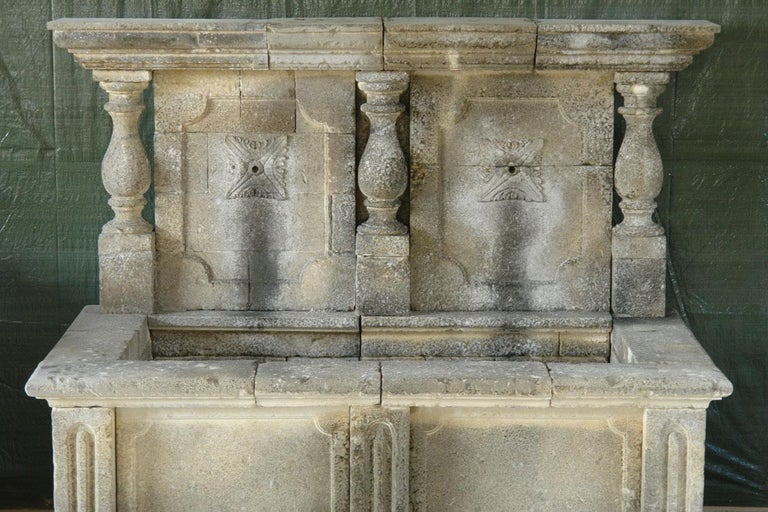 Italian Wall Fountain 3 Columns Handcrafted Limestone, Late 20th Century, Italy For Sale 9