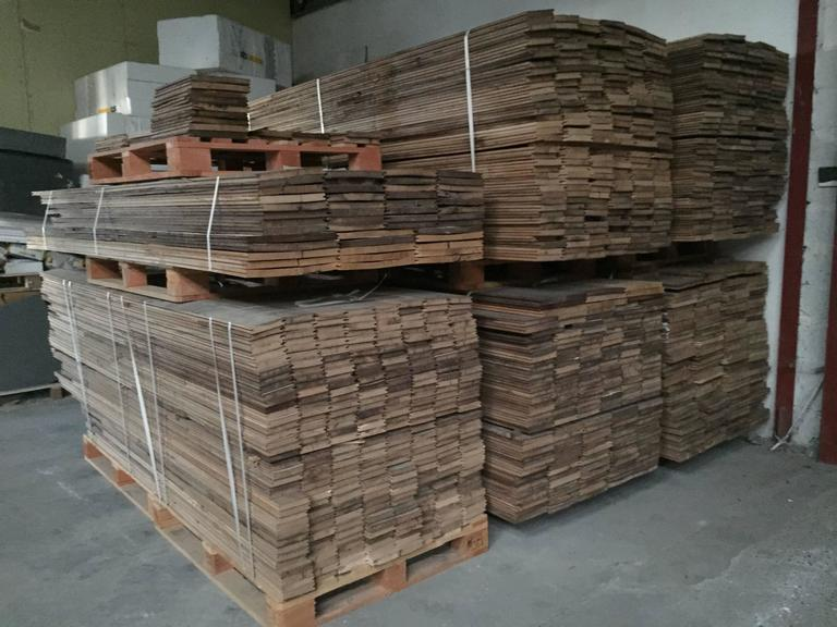 French Antique Oak 17th-19th Century Solid Wood Flooring, Original, France For Sale 2