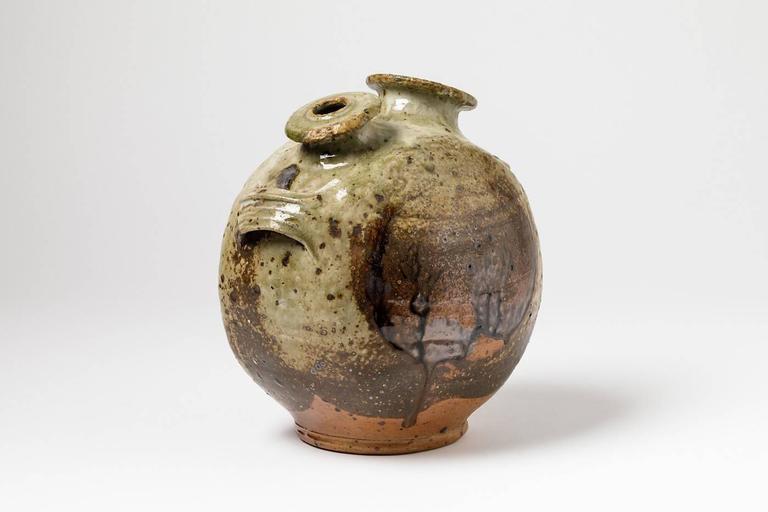 Stoneware Vase Sculpture by Pierre Digan, La Borne, 1970 In Excellent Condition For Sale In Neuilly-en- sancerre, FR