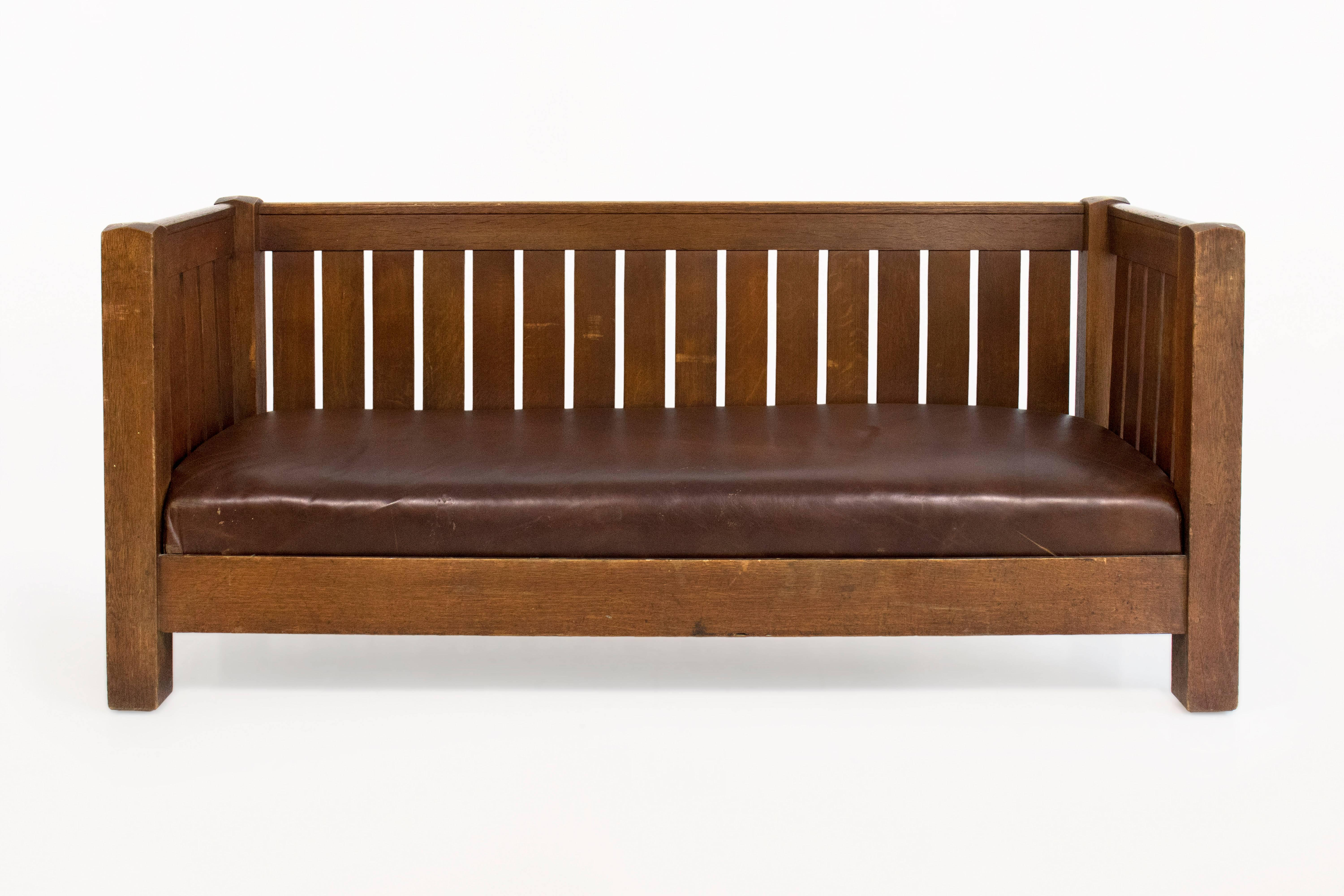 Large And Rare Mission Oak Sofa Bench By Gustav Stickley, Circa 1910, USA