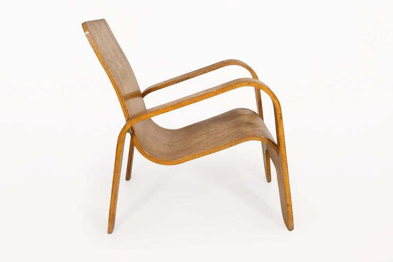 Lounge chair by Han Pieck for Lawo Ommen Stunning design Lounge chair made out of one piece of laminated plywood circa 1940, Netherlands Very good vintage condition.