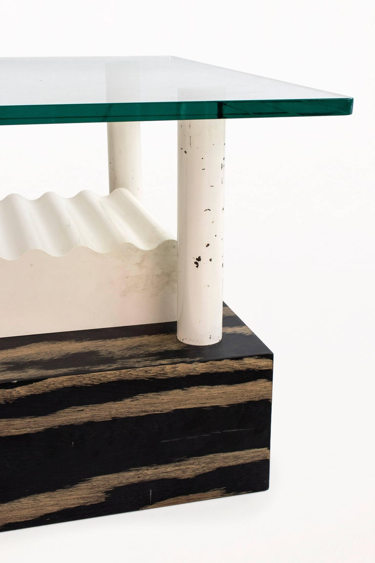 Laminated Memphis Milano Coffee Table by Ettore Sottsass, circa 1980, Italy For Sale