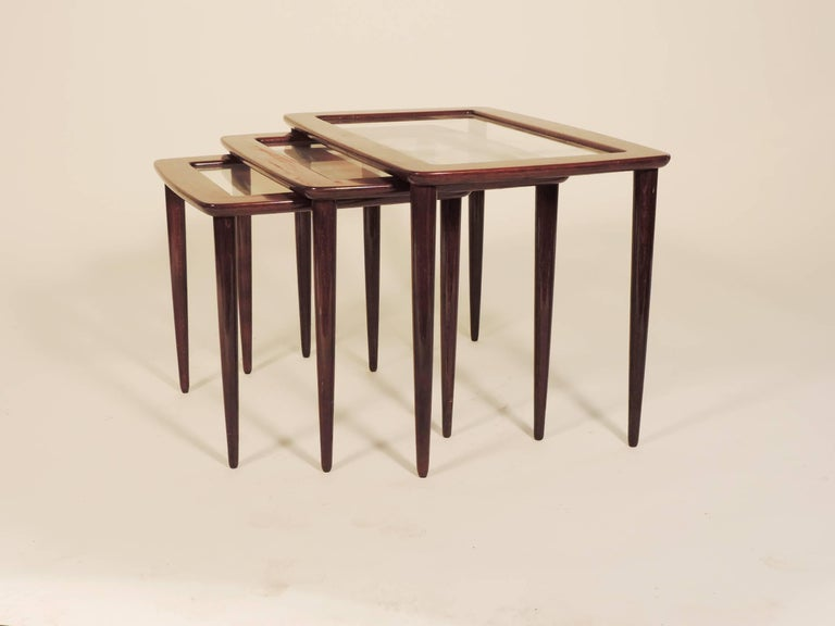 Splendid set of Ico Parisi nesting tables Italy, 1950s