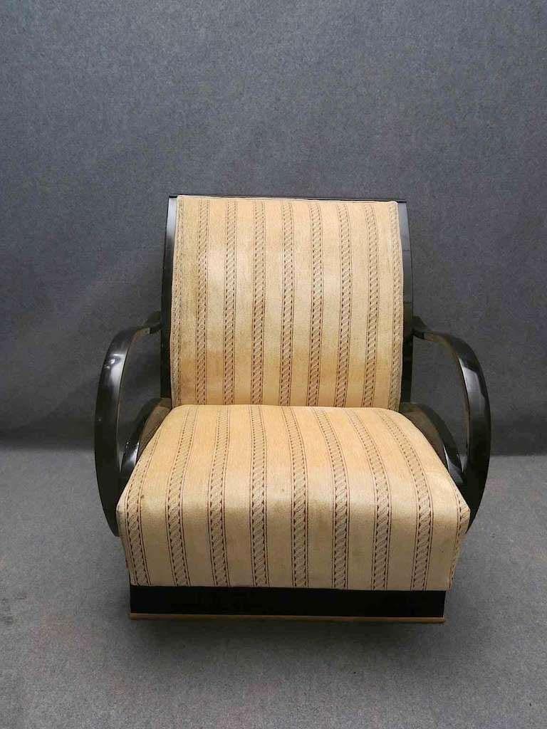 Pair of Art Deco Walnut Wood and Velvet Fabric Italian Armchairs, 1940 For Sale 3