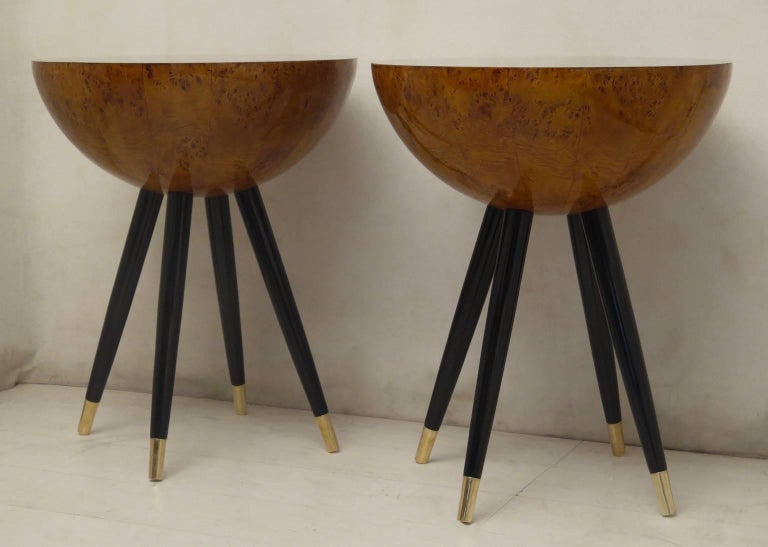 Mid-20th Century Pair of Art Deco Round Black Wood and Brass Italian Side Table, 1930 For Sale