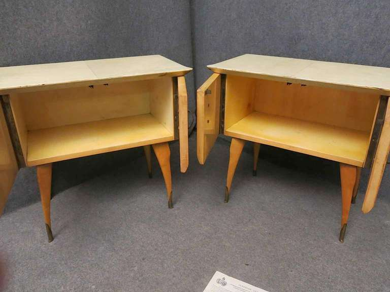 Mid-20th Century Pair of Midcentury Maple and Parchment Italian Bedside Tables, 1950 For Sale