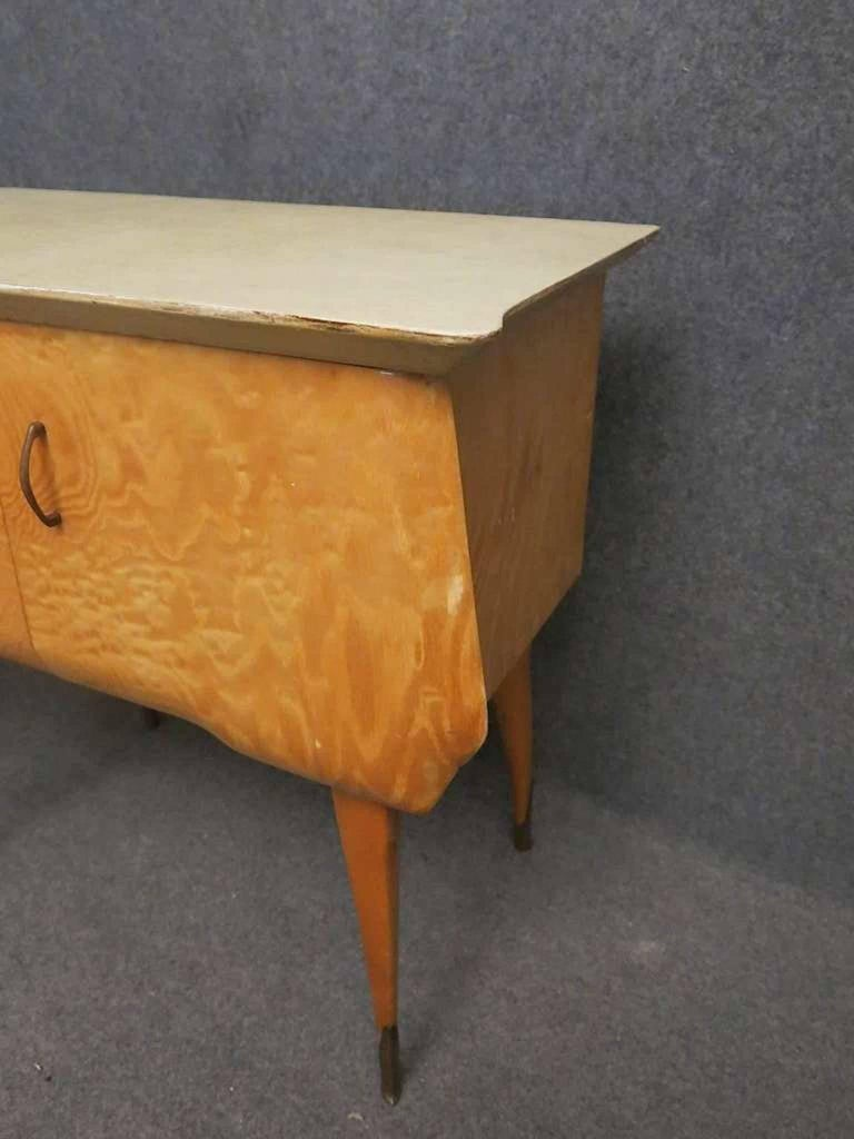 Pair of Midcentury Maple and Parchment Italian Bedside Tables, 1950 For Sale 2