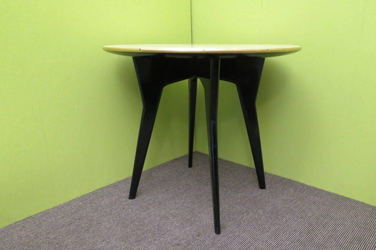 Art Deco Round Goatskin Card and Tea Table, 1940 For Sale 2