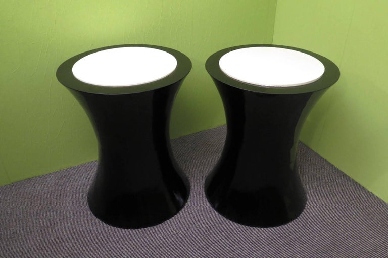 Mid-20th Century Pair of Round Black Italian Art Deco Side Tables, 1940 For Sale
