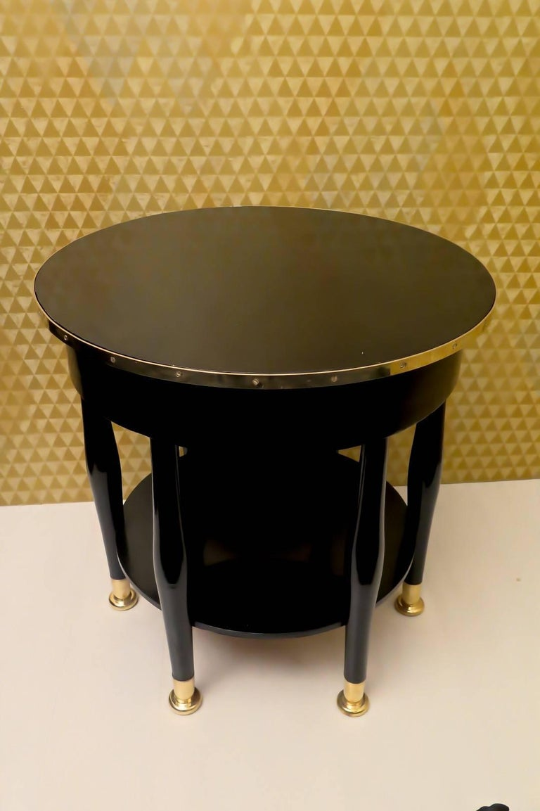 Adolf Loos Round Black Shellac and Brass Austrian Art Nouveau Side Table, 1910 For Sale 2