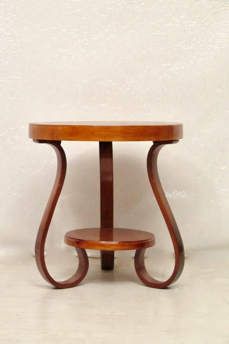 Art Deco Round Cherrywood Italian Side Table, 1930 For Sale 1