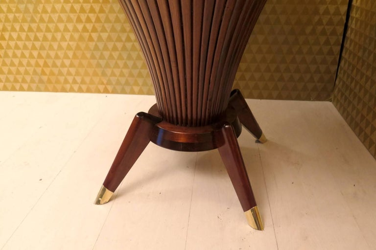 Midcentury Walnut Wood and Brass Italian Center Table, 1950 For Sale 1