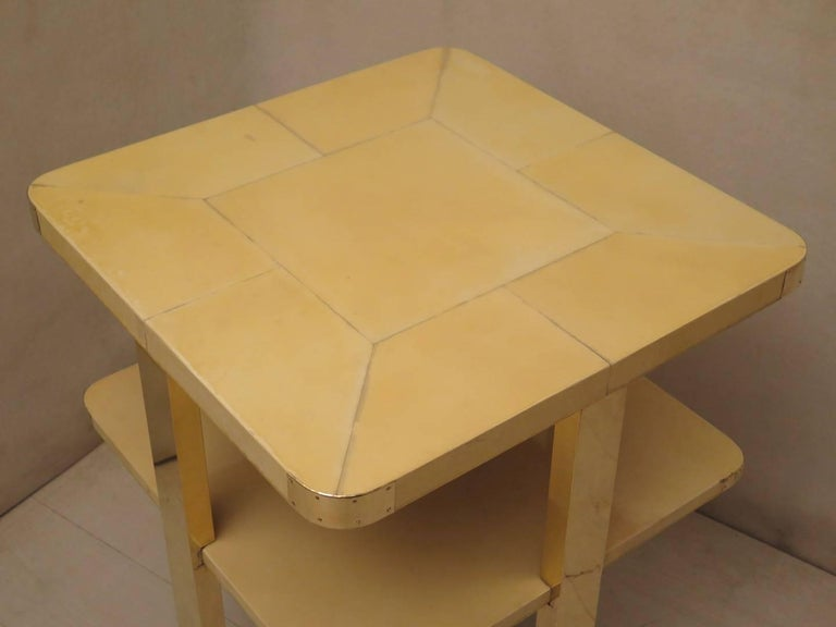 Art Deco Square GoatSkin and Brass Italian Side Table, 1920 In Excellent Condition For Sale In Rome, IT